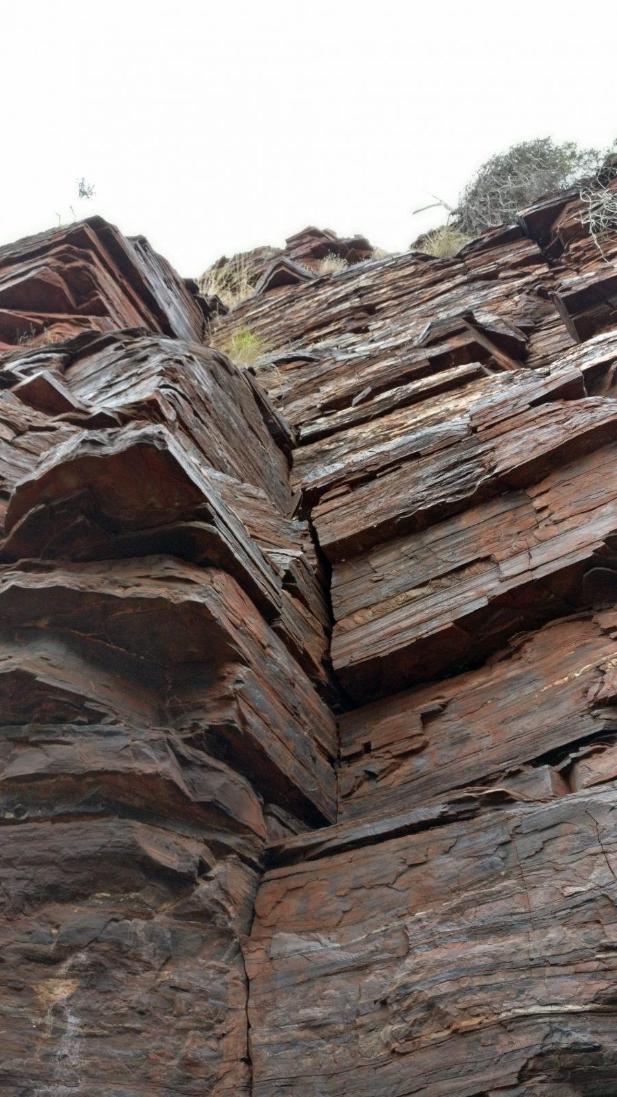 Strates roche Karijini