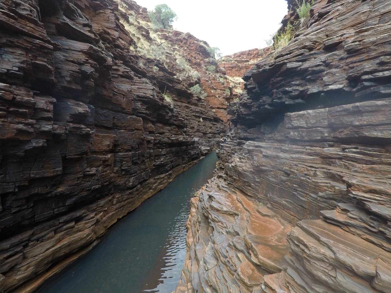 Escalade roche Hancock Gorge